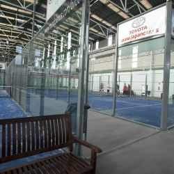 14_11_2011 padel indoor center instalaciones012.jpg